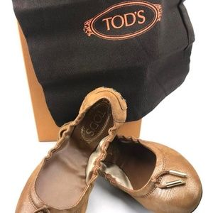 Tod's Shoes - TOD'S Metallic Coated Italian Suede Ballet Flats